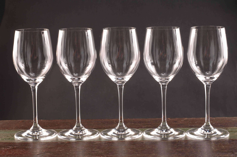 White Wine Glasses Images