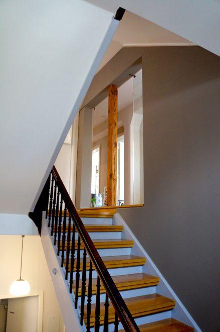 Farbgestaltung treppenhaus mehrfamilienhaus  beige/warmgrey @ staircase - farbgestaltung treppenhaus ...