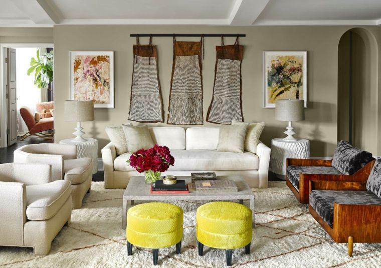 salón con pared de color beige | Salones 2 | Pinterest | Colores de ...