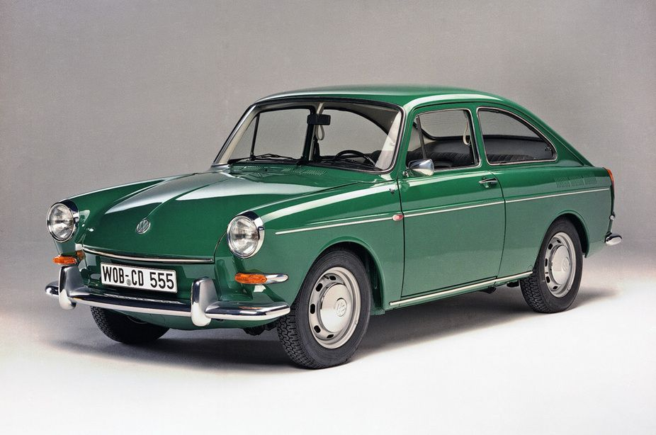 Vw 1600 Tl Fastback Makes Me Want My 67 Squareback Back Bad Just Love These Cars Do Much Volkswagen Fastback Volkswagen 1600 Volkswagen Type 3