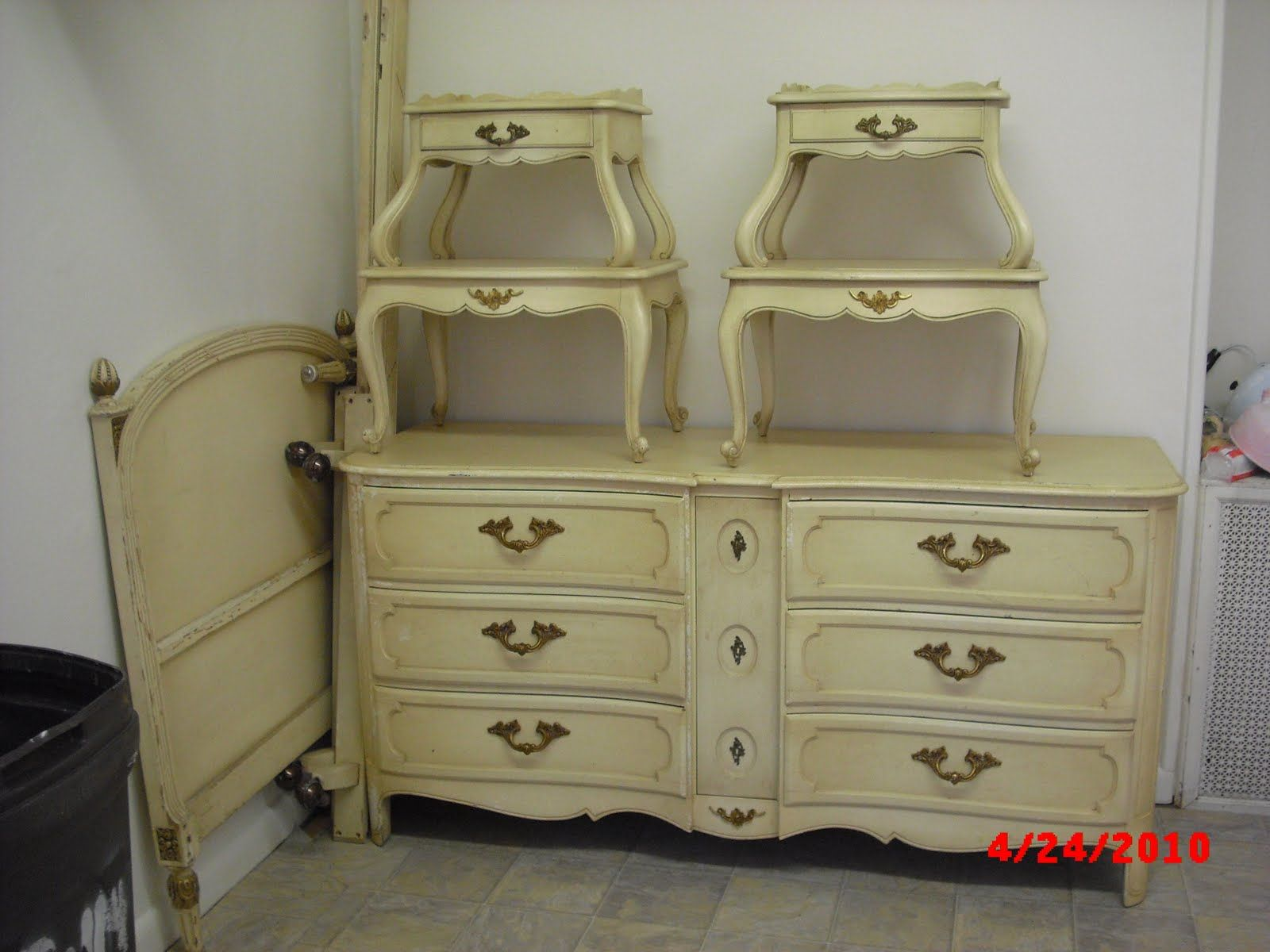 Superior Vintage French Provincial Bedroom FurnitureHandpainted Furniture Blog  Shabby Chic Vintage Painted Furniture ZMByNTgL