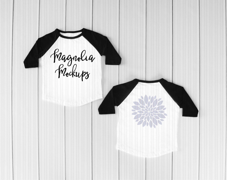 Download Free Black And White Baseball Raglan Shirt Front And Back Psd Free Psd Mockups 2020 Clothing Mockup Shirt Mockup Free Psd Mockups Templates
