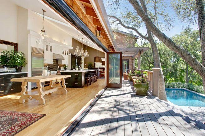 transitional deck by Urrutia Design