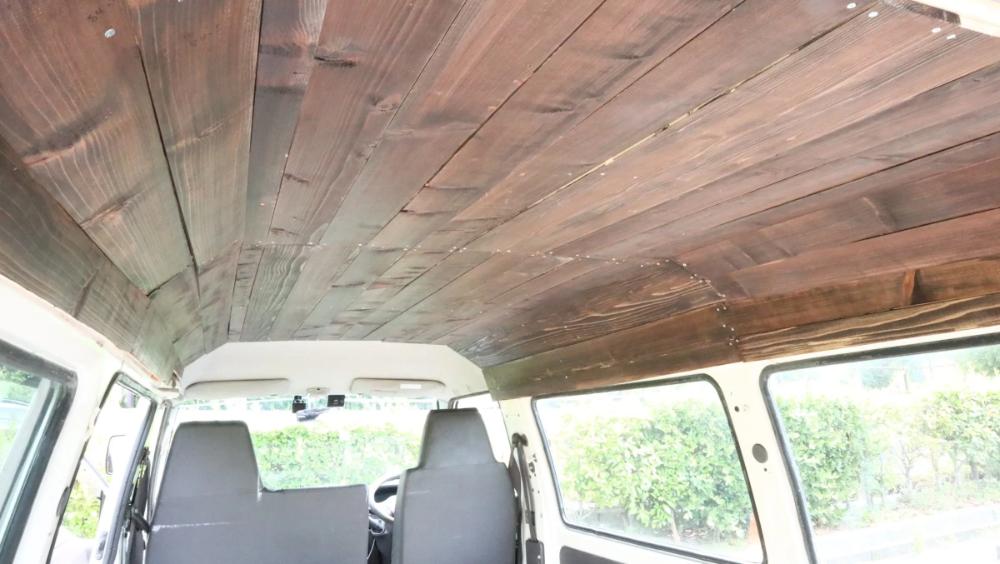 車中泊diy 車の天井を木に張替えしました やり方をご紹介します