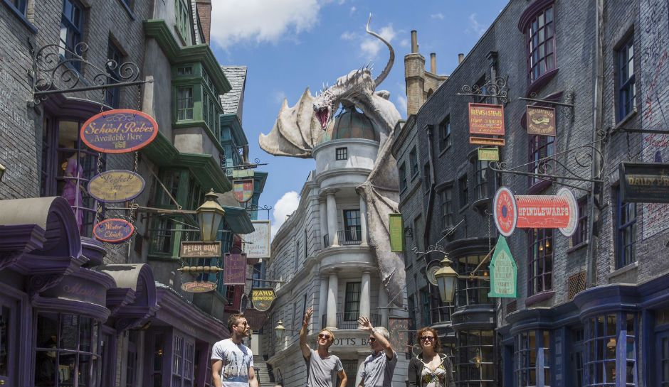 Harry Potter S Diagon Alley Will Come Alive For Ithaca New York This Magical Halloween Diagon Alley Diagon Alley Universal Harry Potter Diagon Alley