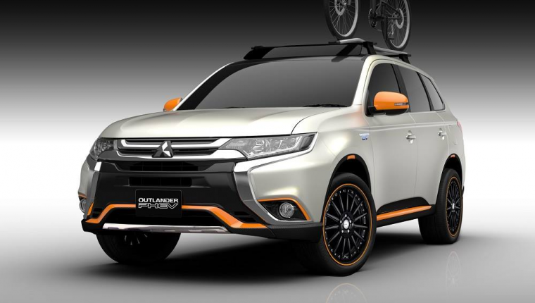 Four Customized Mitsubishi Models Prepared For Tokyo Auto Salon Outlander Phev Mitsubishi Cars Mitsubishi Outlander