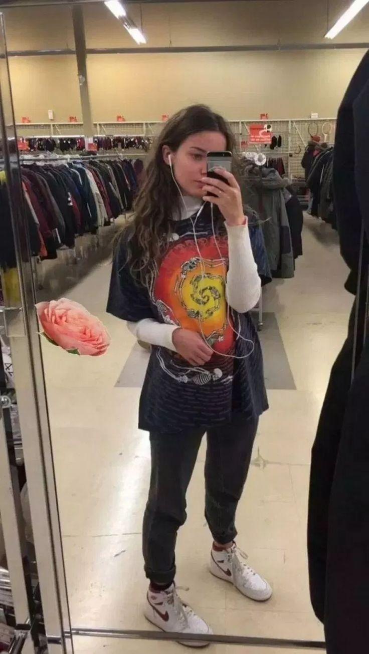 66 Hervorragende Ideen für Grunge-Outfits für Frauen #grungeoutfitstrend #grungeoutfiti ...-#Frauen #grunge #grungeoutfiti #grungeoutfitstrend #hervorragende #ideen #outfits