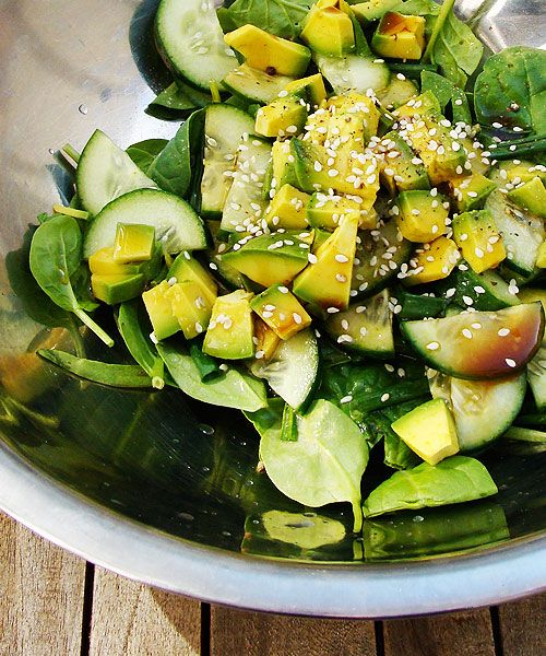 spinach and avocado salad with sesame wasabi dressing