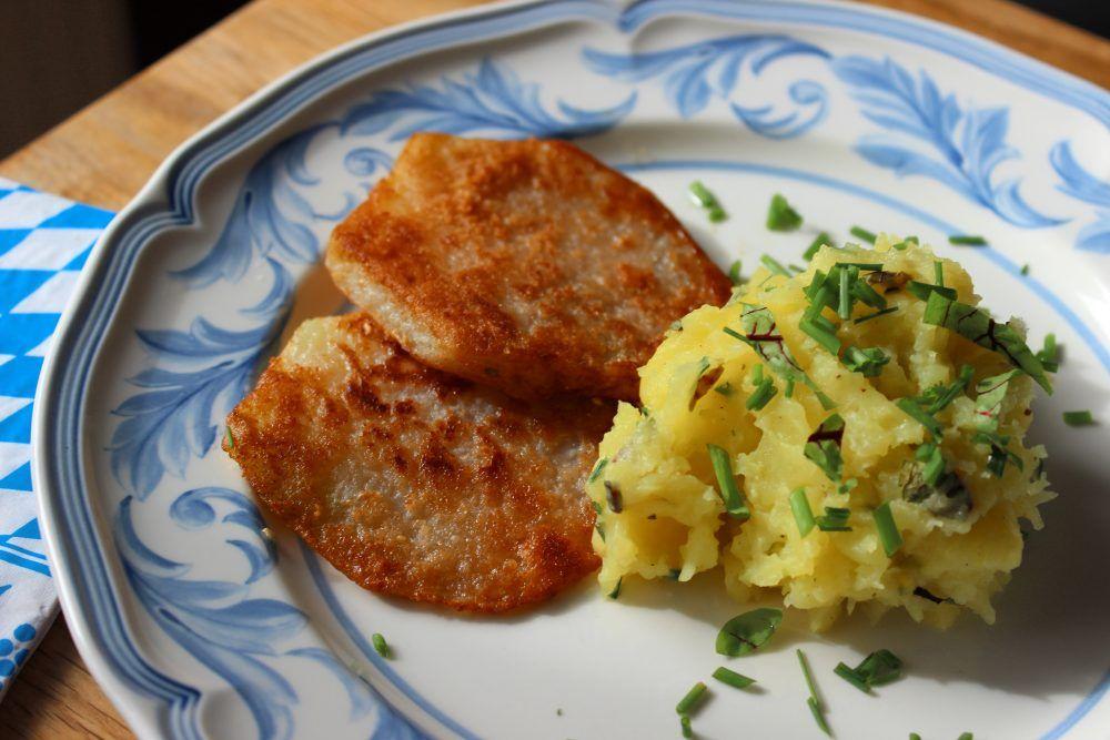 Kohlrabi-Schnitzel auf Wiesen-Kartoffelbrei | Basenrezepte ...