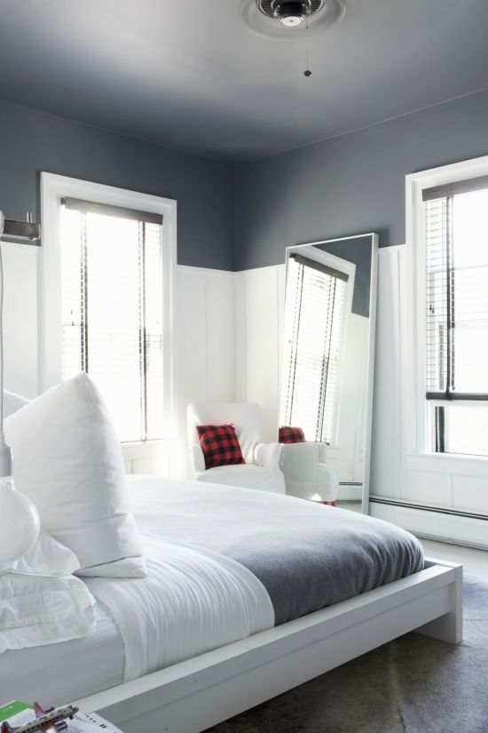 6 Paint Colors That Make A Splash On Ceilings Home Dark Ceiling