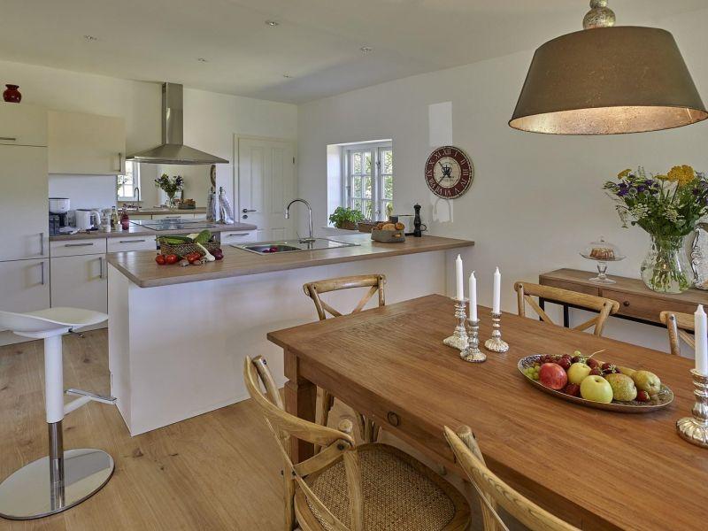 Moderne Kuche Mit Tresen Urlaub In 2019 Ferienhaus Haus Und Ferien