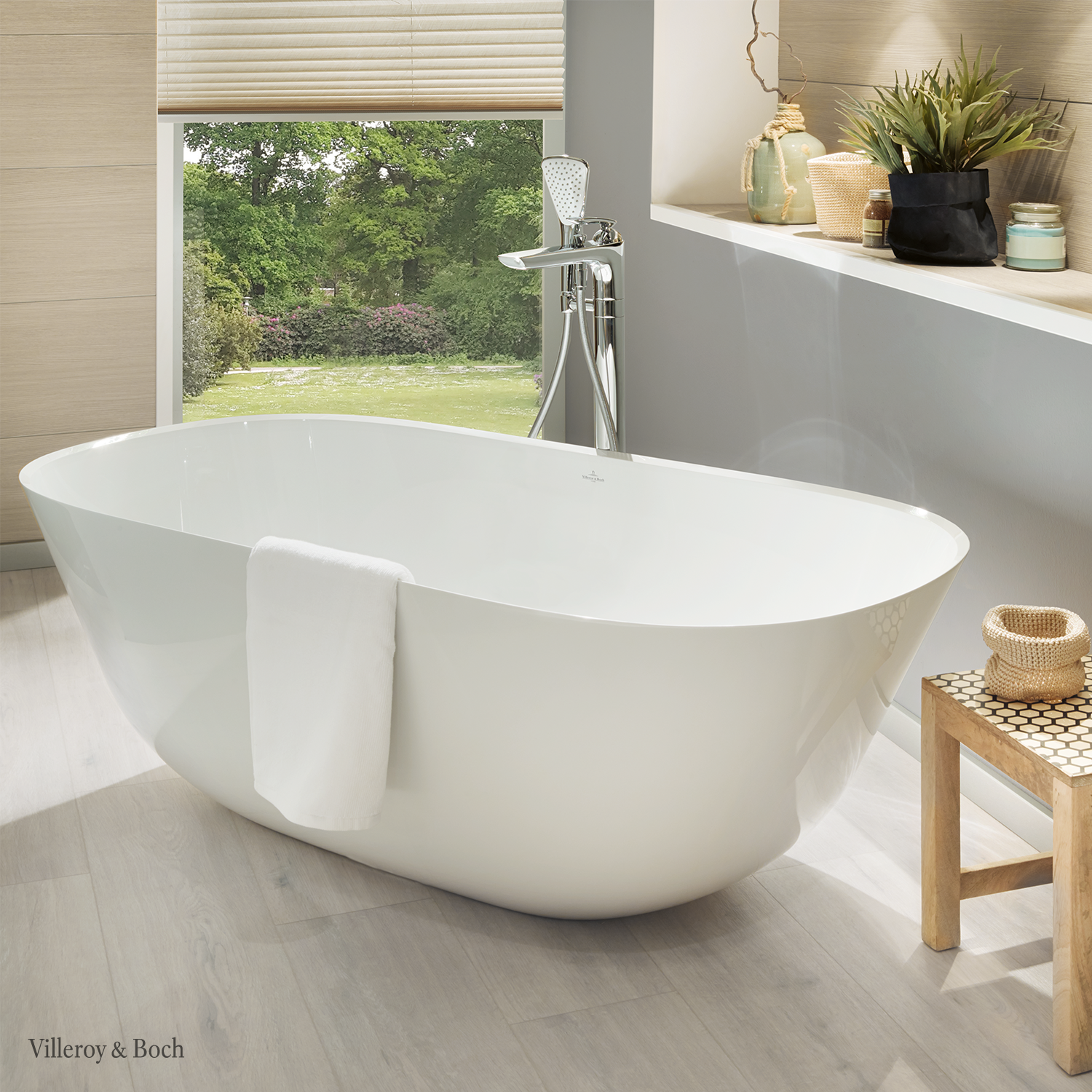 If You Want Your Bathtub To Be The Heart Of Your Bathroom A Freestanding Tub Might Be The Right Design Piece For You Locate It Wherever You Want And E En 2020
