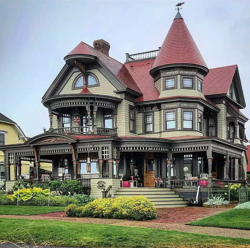 Get Inspired By The Many Styles Of Victorian Homes In 2020 Victorian Homes Victorian Homes Exterior Old Victorian Homes