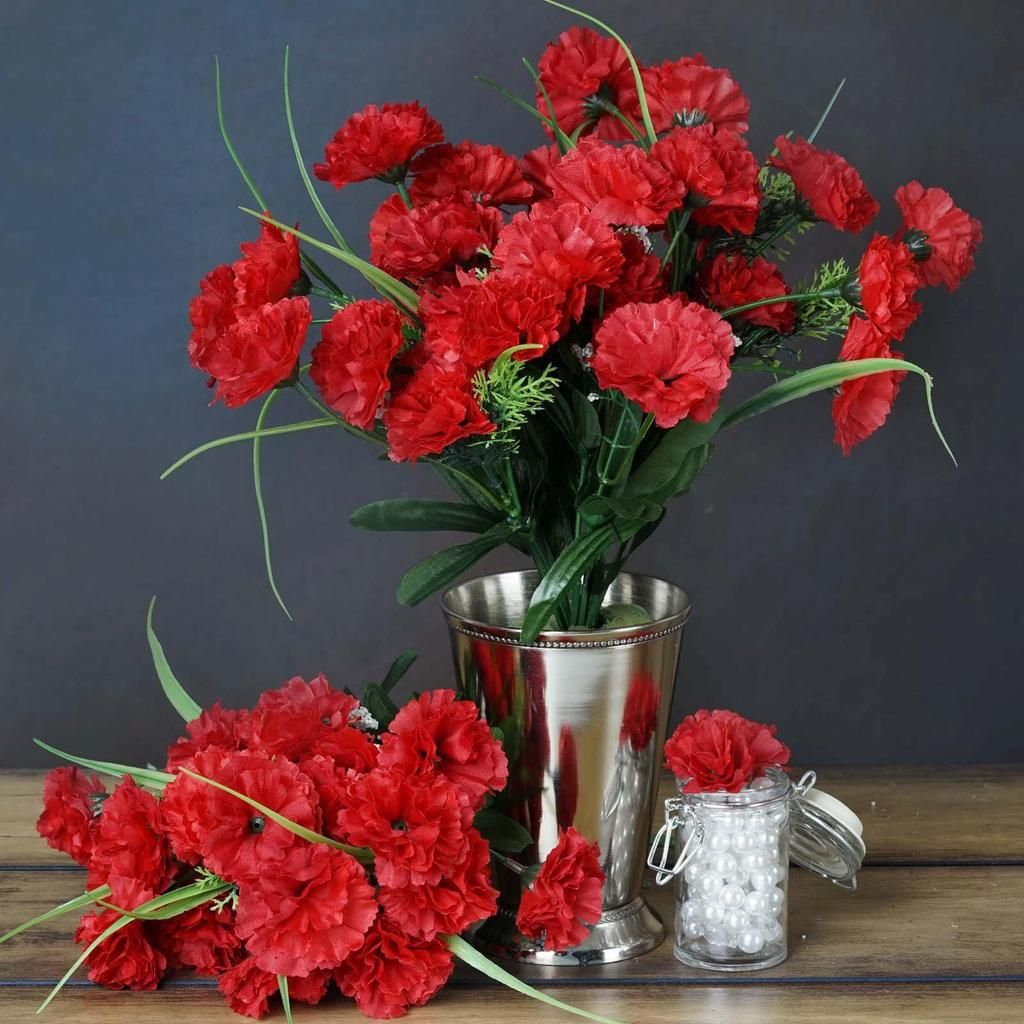 The Selection Of Flowers Takes An Important Place For Event Party Decoration Arrangements Flow Wedding Party Centerpieces Wedding Vase Centerpieces Carnations