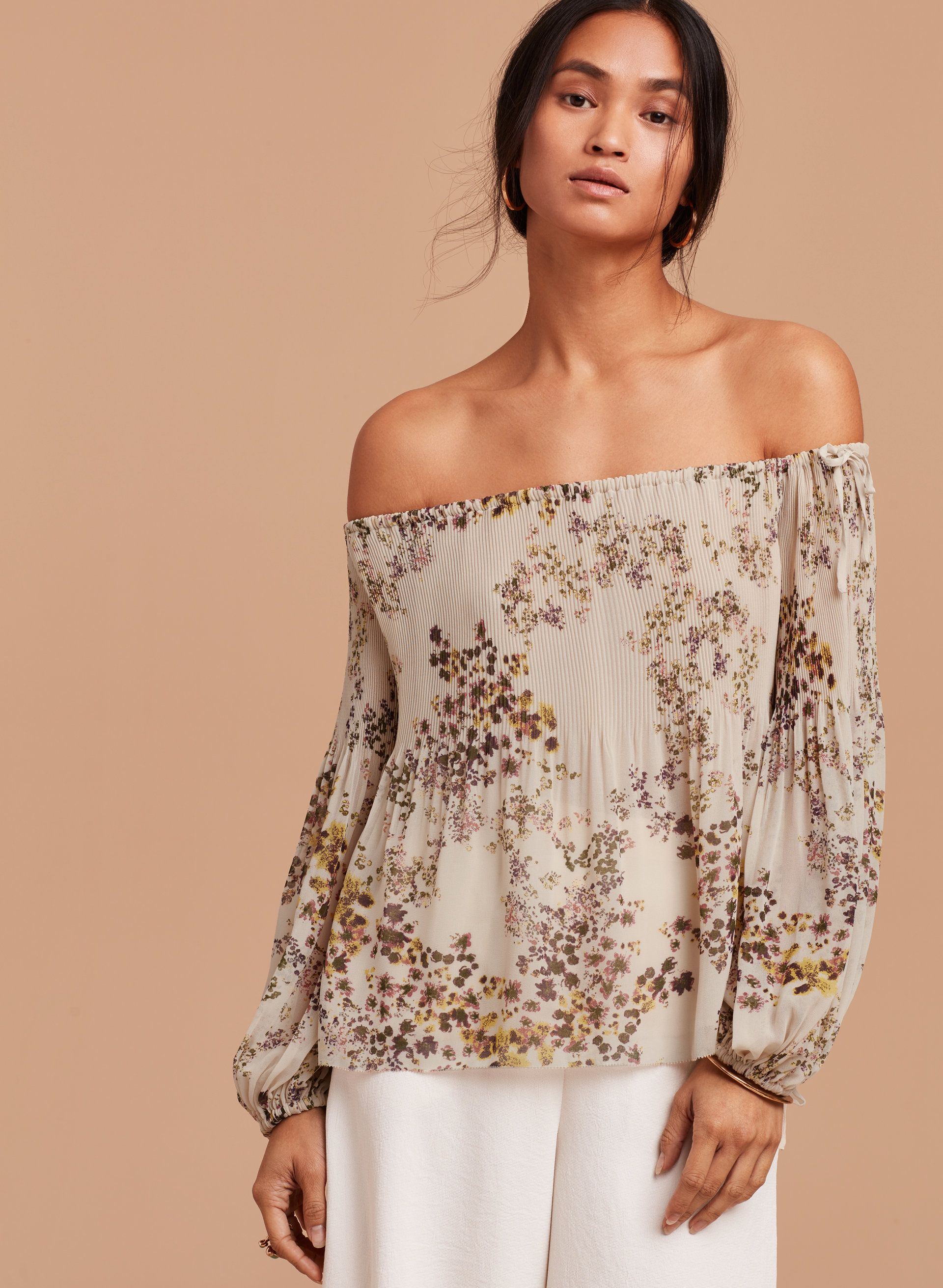 f5d23f81a556af Talence blouse