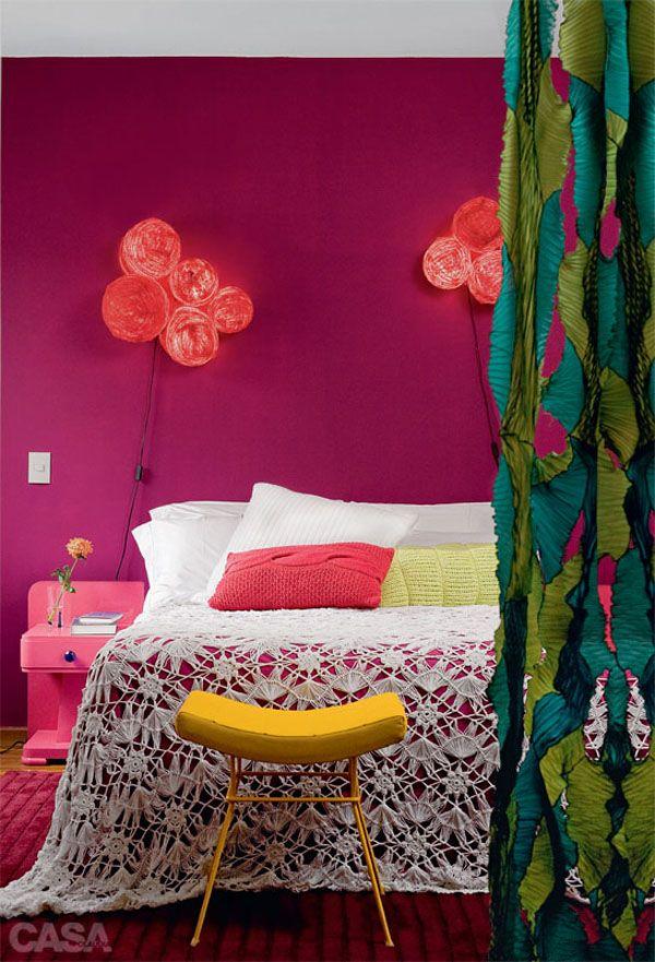 un int rieur br silien haut en couleurs couvre lit en crochet les couvre lit et en couleur. Black Bedroom Furniture Sets. Home Design Ideas
