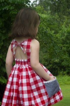 f20c5382e Primera presentación del patrón Julie Dress. Tallas 1 a 10 años. Vestidos D  Niña