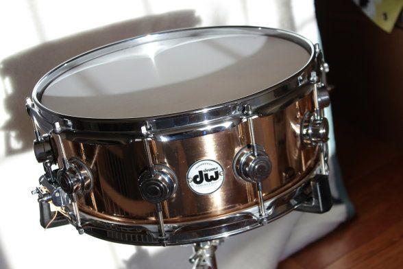 dw cast bronze snare 5 5 x 14 2011 bronze polished great drum finds for sale pinterest. Black Bedroom Furniture Sets. Home Design Ideas