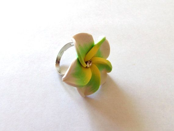 Green yellow and white flower ring by auntiejsgifts on Etsy, $3.00