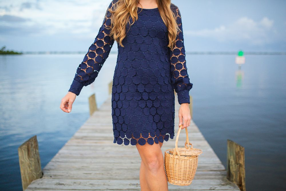What To Wear To A Fall Wedding Preppy Style Sunshine Style In 2020 Navy Wedding Guest Dresses Preppy Style Fashion