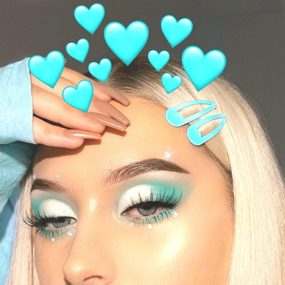 Lena Bagrowska on Instagram tiffany blue tag someone