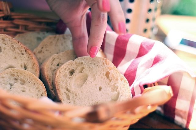 8 Things That Happen When You Stop Eating Bread Good Healthy
