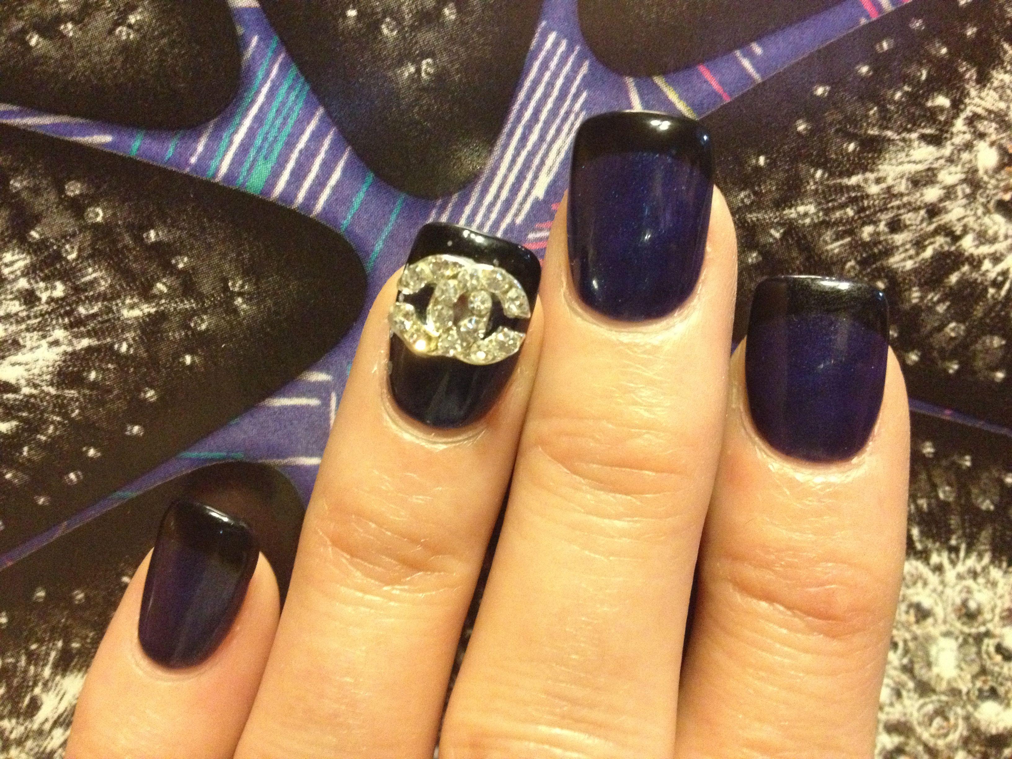 Increíble Chanel Medianoche Esmalte De Uñas Azul Viñeta - Ideas de ...