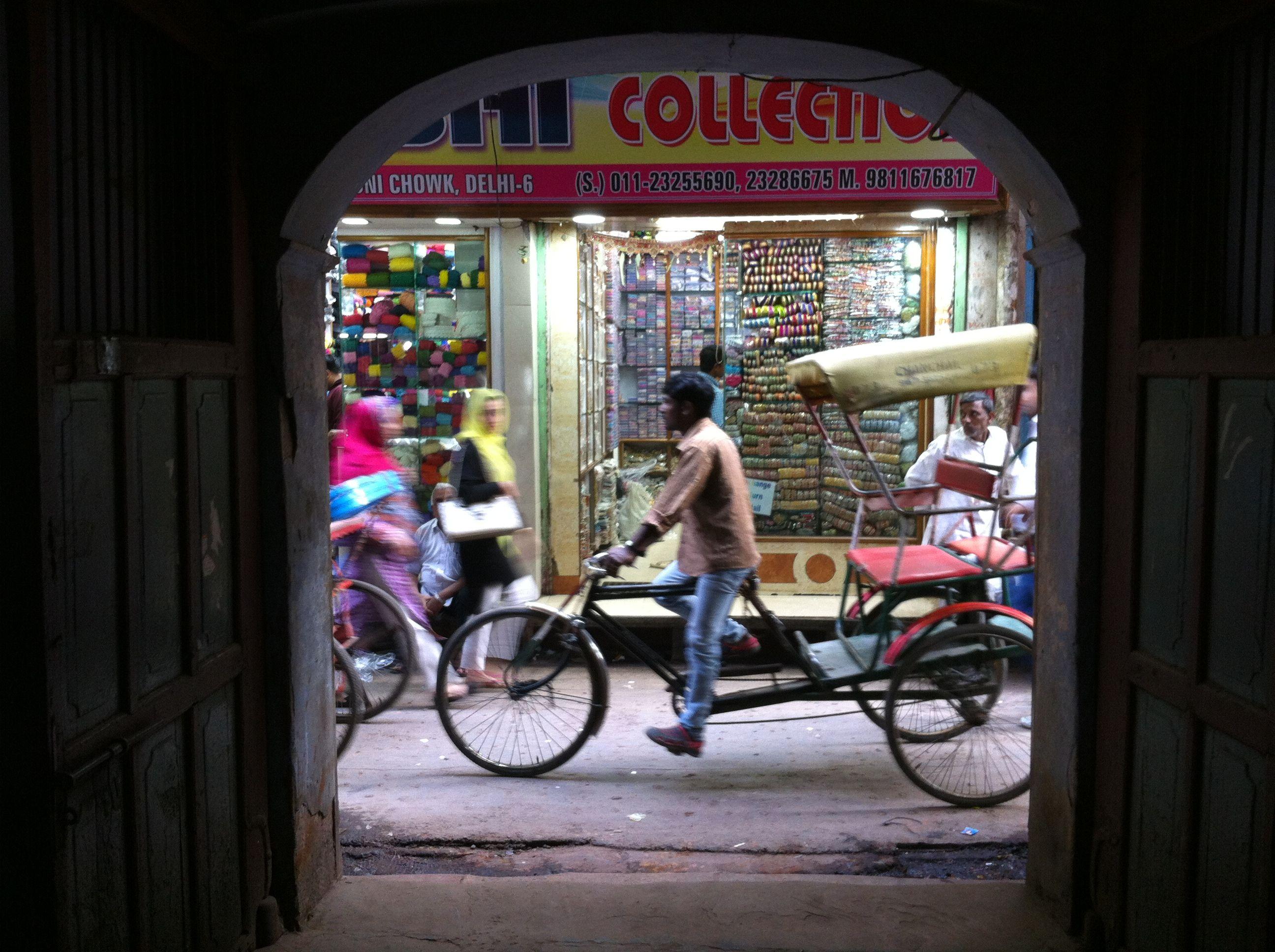 Man on Rickshaw (taken by Shielagh Tacey))