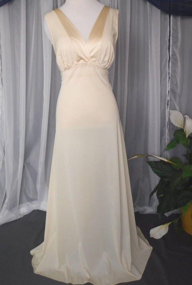 M.Vtg.Vanity Fair,flare,long peach nightgown,lingerie,nightie ...