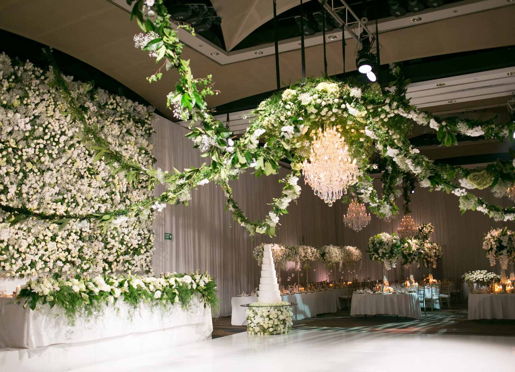 White and green floral theme at Sarah and Ben\'s wedding www ...