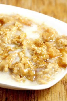 Crockpot Apple Oatmeal – The Gracious Wife