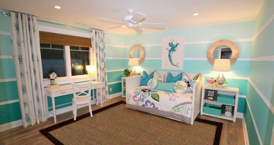 ocean theme girl s room like the blue stripes