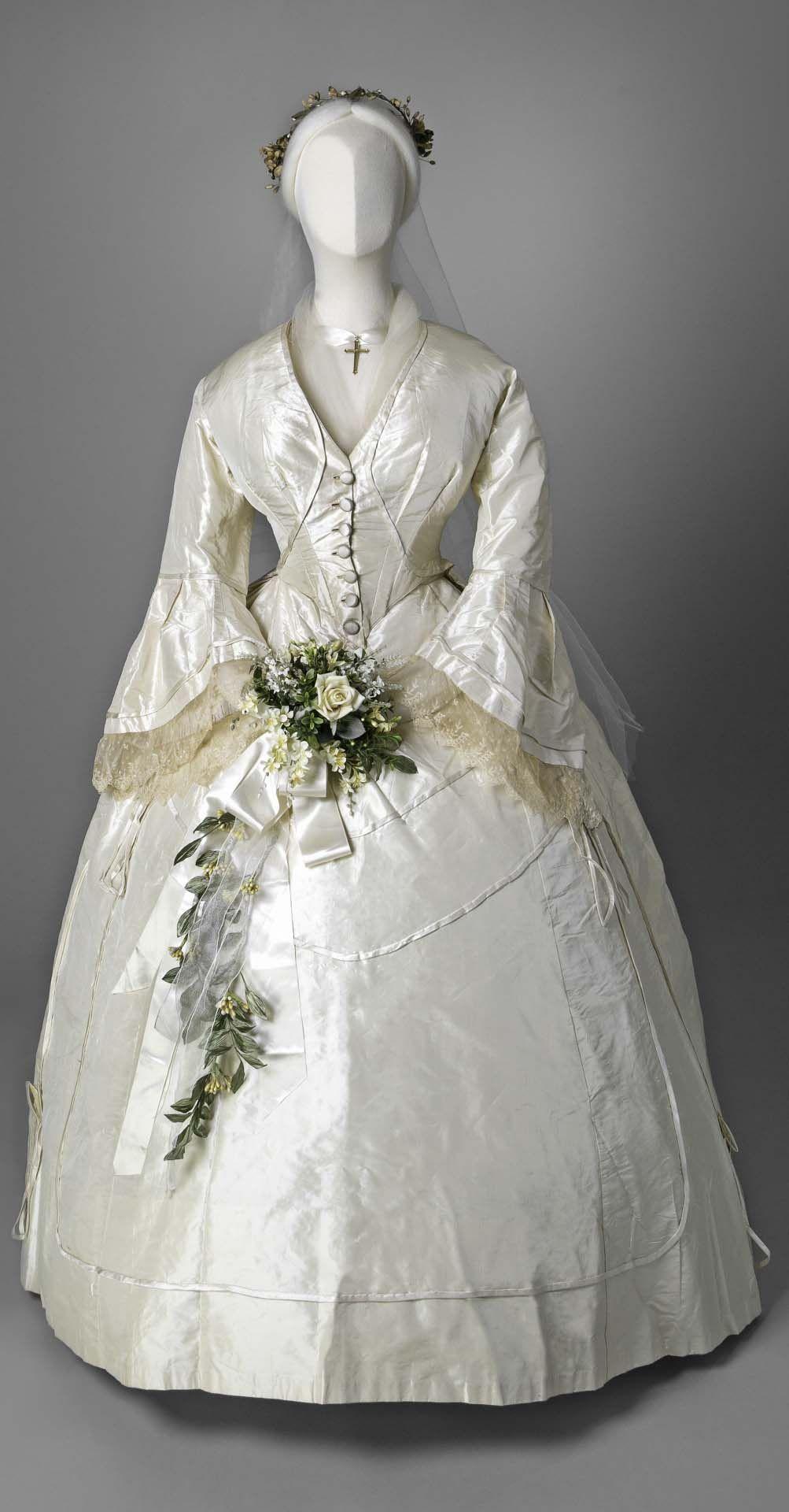 Wedding dress, 1865 Period clothes! Pinterest