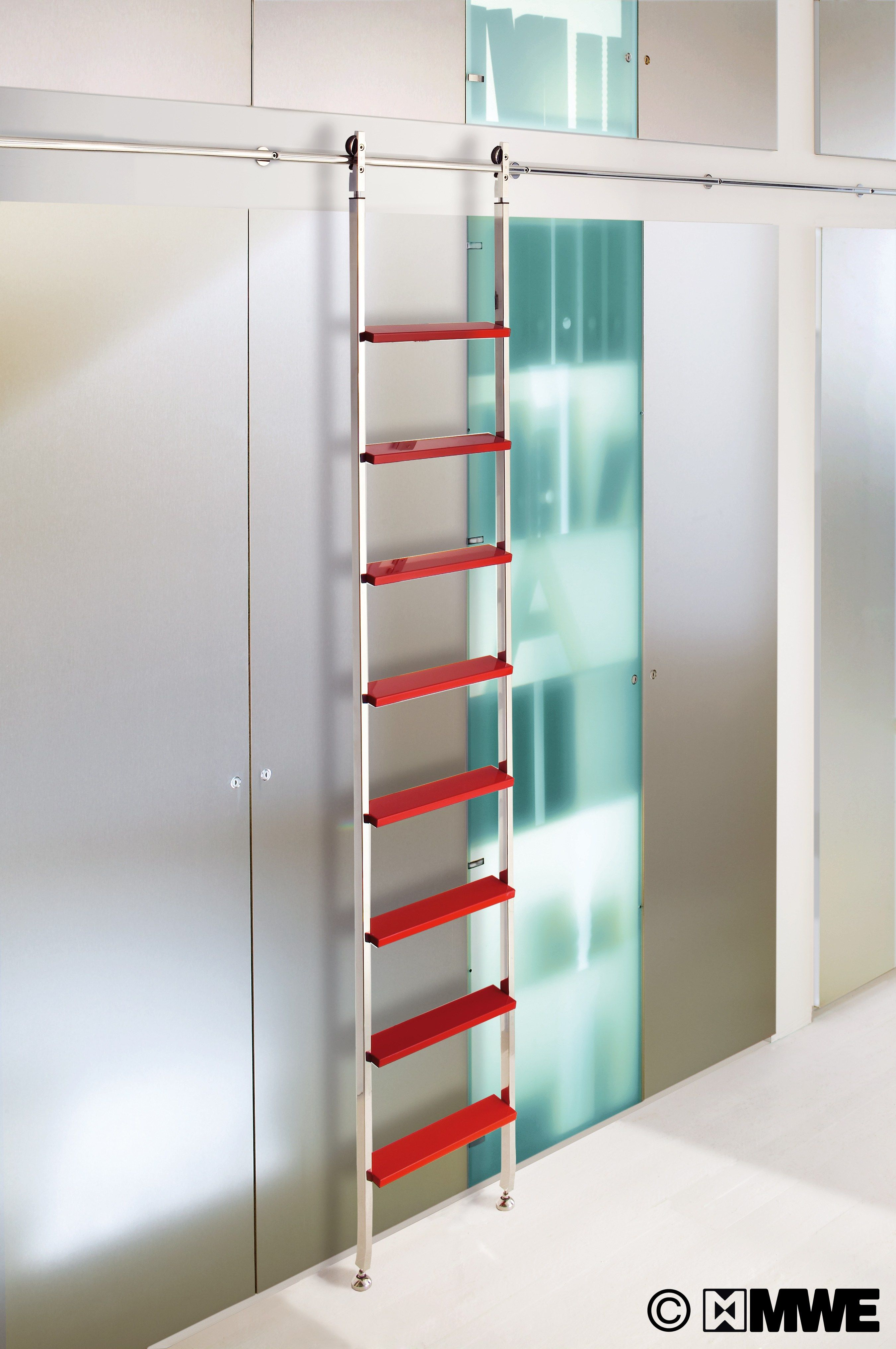 Wow Colourful Akzent Library Ladder With Sliding