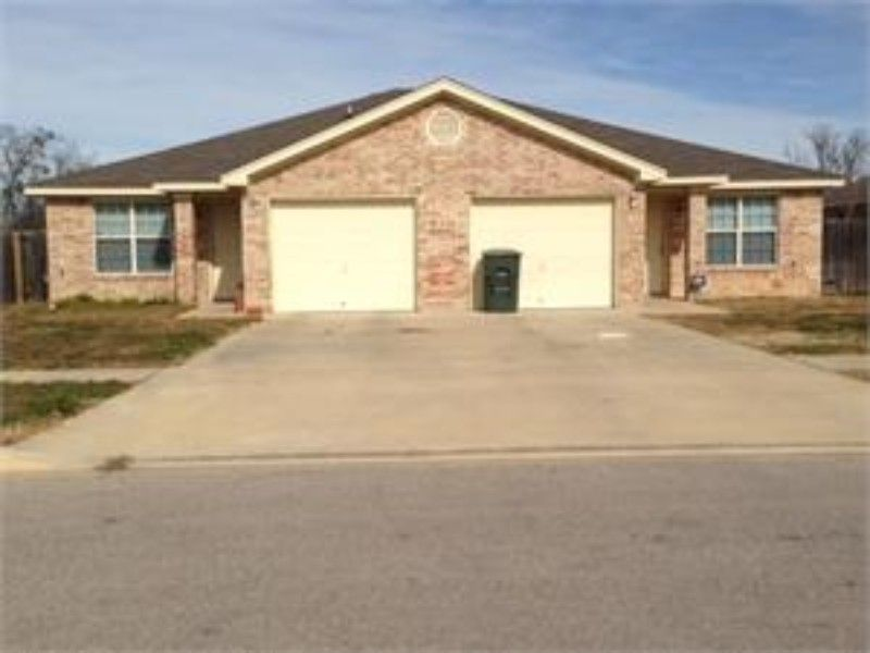 Homes For Sale In Killeen Tx Contact At 254 634 8852 Outdoor Structures Killeen Home