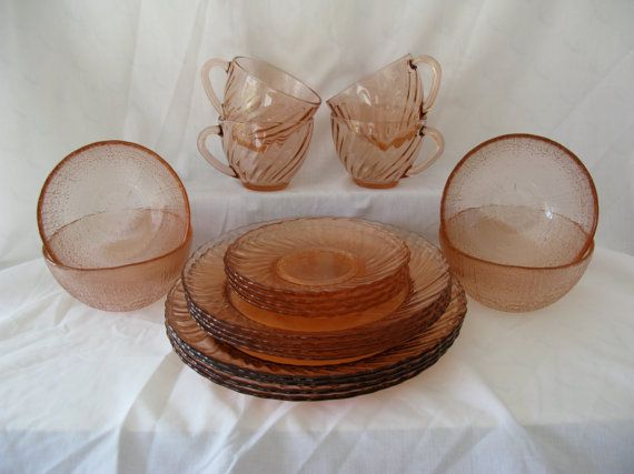 ARCOROC ROSALINE DINNERWARE Set / Pink / Made in France