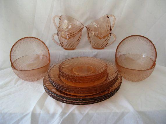 ARCOROC ROSALINE DINNERWARE Set / Pink / Made in France ...