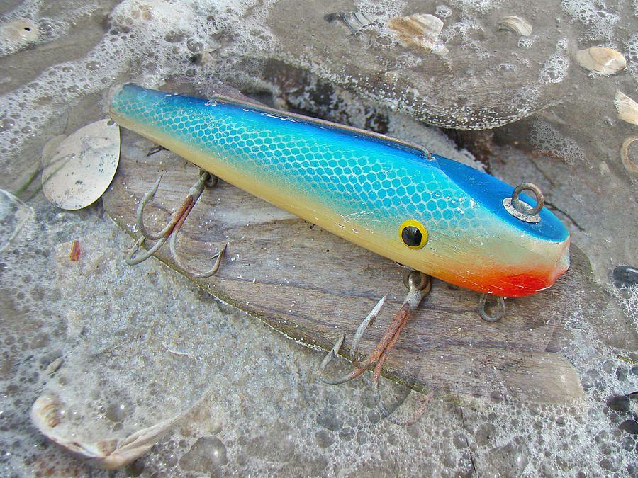 http://images.fineartamerica.com/images-medium-large/j-and-j-flop-tail-vintage-saltwater-fishing-lure--blue-carol-senske.jpg
