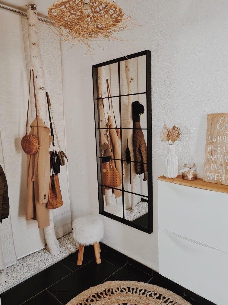 Birkenstamm Garderobe