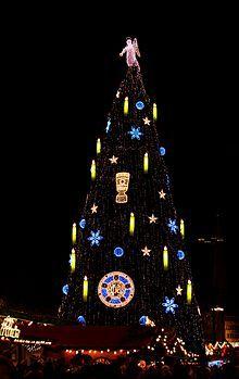 Weihnachten Wikipedia.Borussia Dortmund Wikipedia Fussball Christmas Tree Christmas