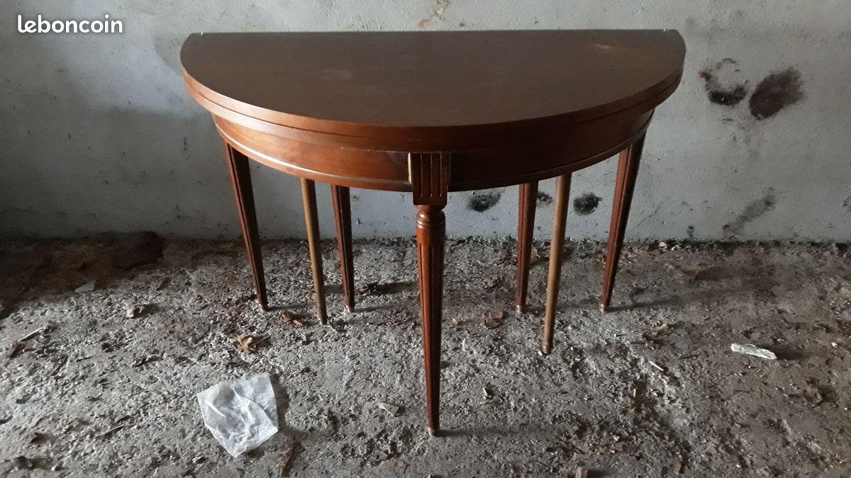 Table Demi Lune Style Louis Vxi Extensible Dimension 55x110cm Depliee Ronde 110x110 Cm Possibilite De Rajoute Table Ronde Extensible Table Extensible