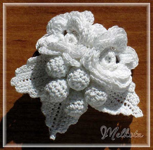 White flower pin with diagrams afshan sayyed sayyed shahid freeform crochet white flower pin with diagrams ccuart Gallery