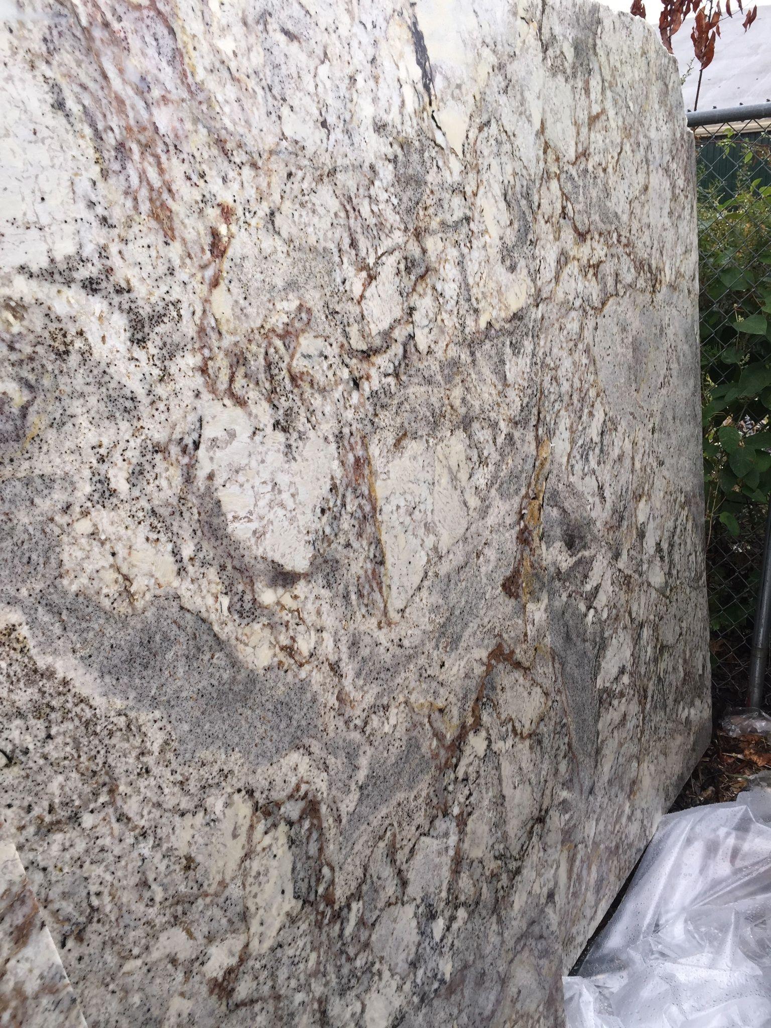 Best White Spring Granite For Countertops White Springs 640 x 480