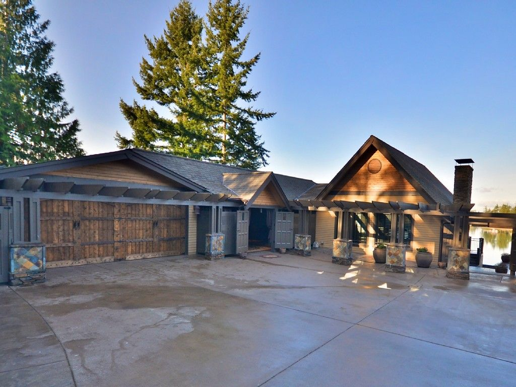 Bremerton Vacation Rental Vrbo 489867 5 Br Puget Sound North Estate In Wa Unbelievable Oyster Bay Water Vacation Rental Vacation Rental Sites House Styles