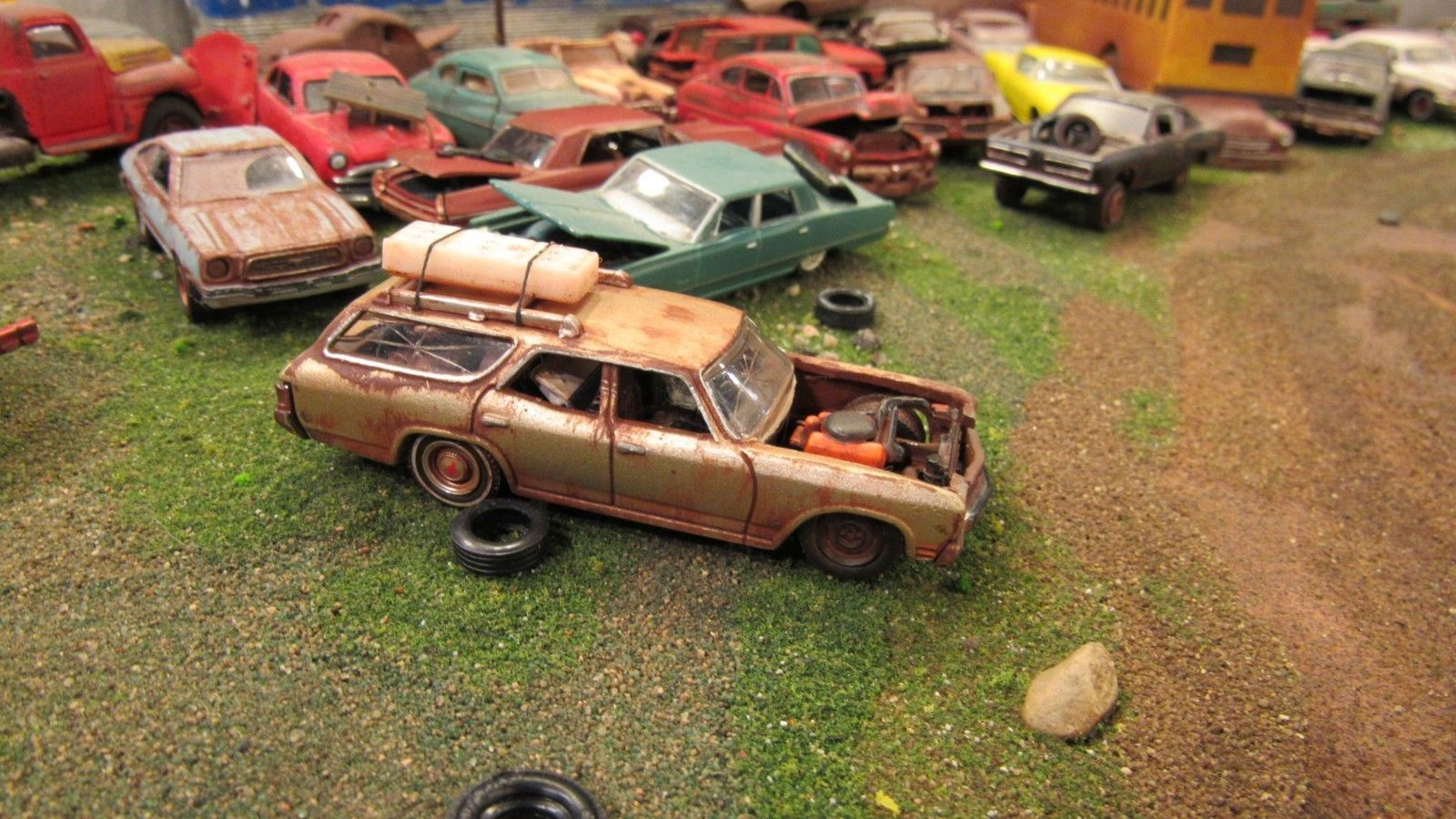 Custom Used / Weathered Junk Yard Chevy Chevelle Station Wagon 1:64 ...