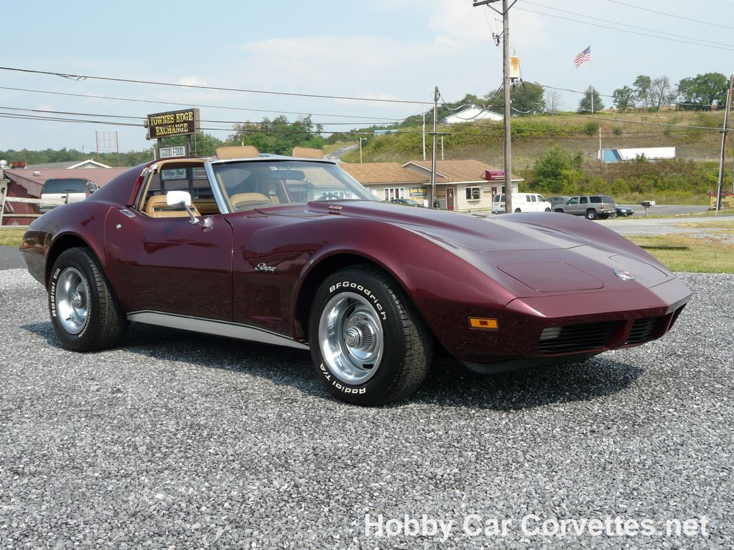 Very sharp 1974 l82 corvette with medium red paint and medium saddle interior this corvette