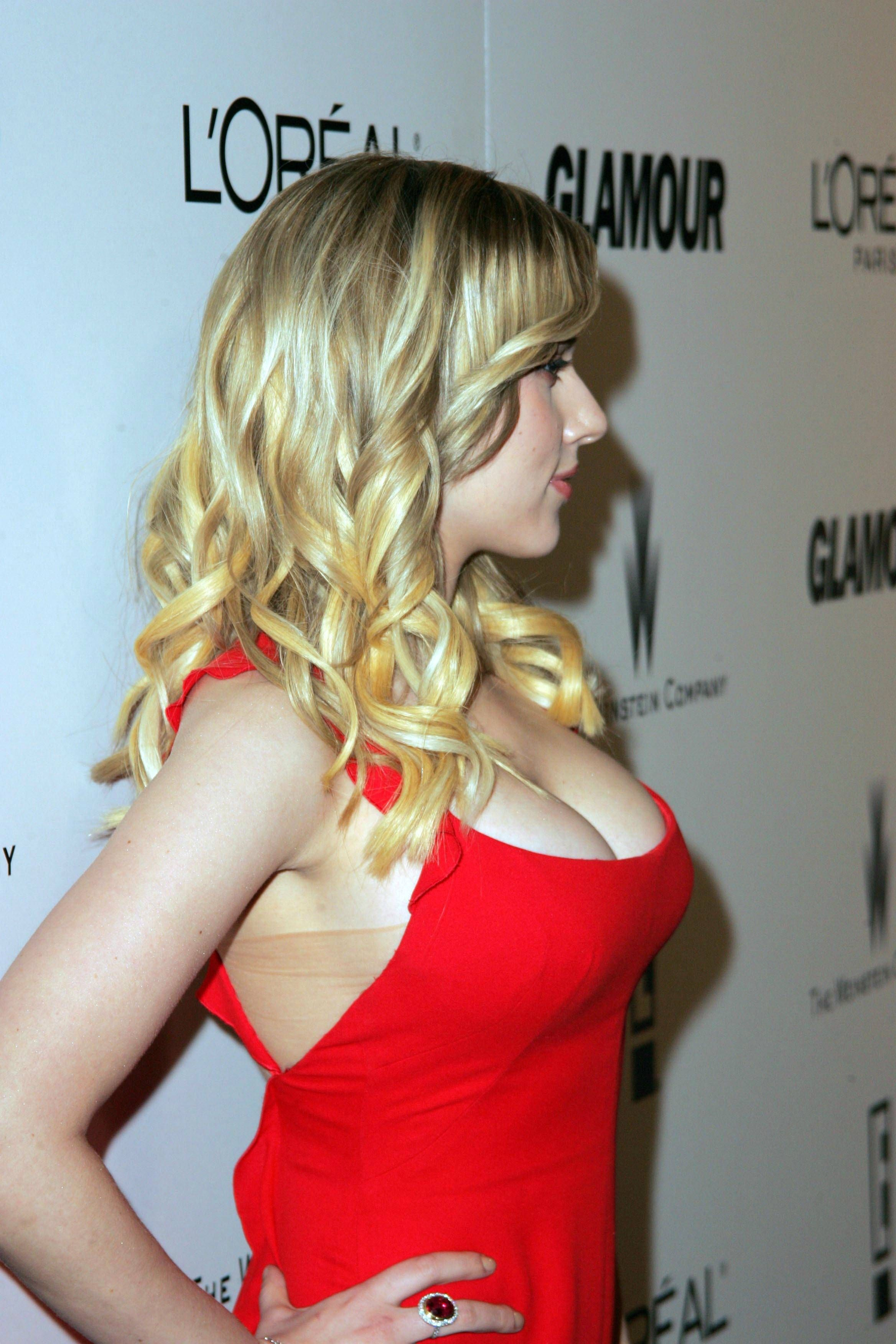 Discussion on this topic: Scarlett Johansson Reveals Her Body Hang Ups, , scarlett-johansson-reveals-her-body-hang-ups/
