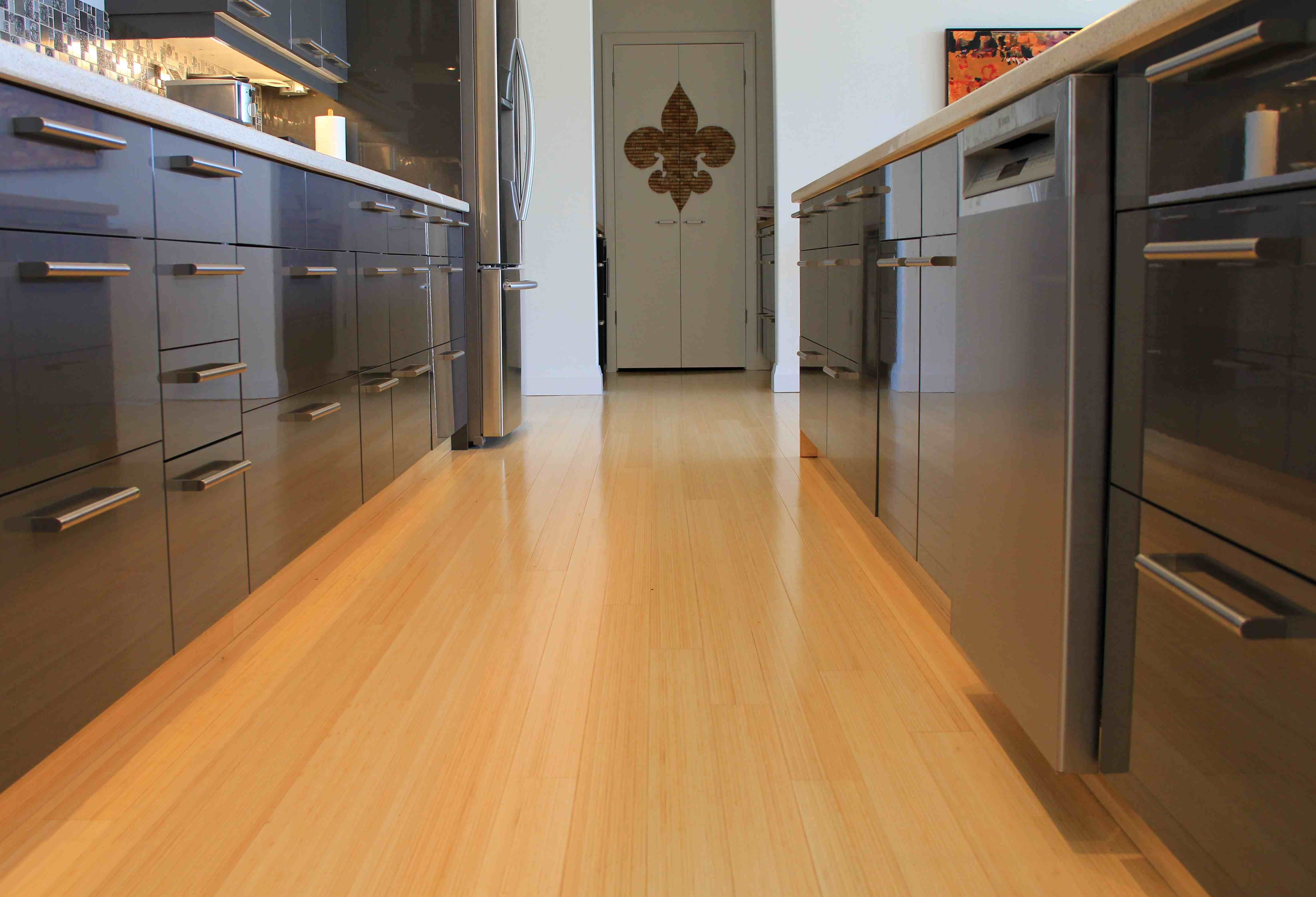 Marmoleum Modular Striato Can Product A Similar Look To Bamboo Flooring Using The Plank Format In