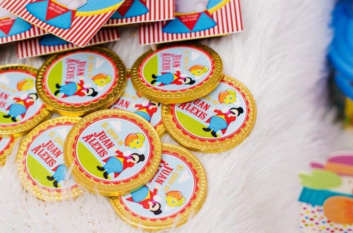 Monedas De Chocolate Cumpleanos De Juan Alexis Monedas De