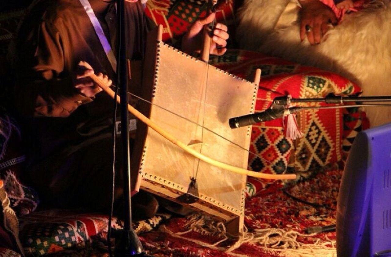 An Arabic Old Stringed ربابه